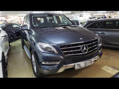 Mercedes-Benz ML 400