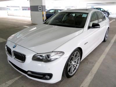 BMW  520IA SALOON