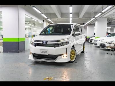 豐田 Voxy Hybrid V Modellista